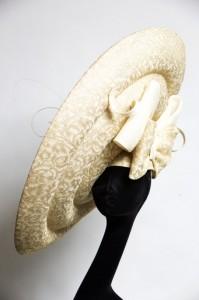 Golden Pirouette front